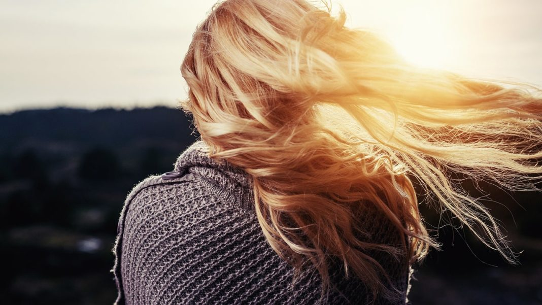 How To Take Care Of Your Hair If You Are In Monsoon Region