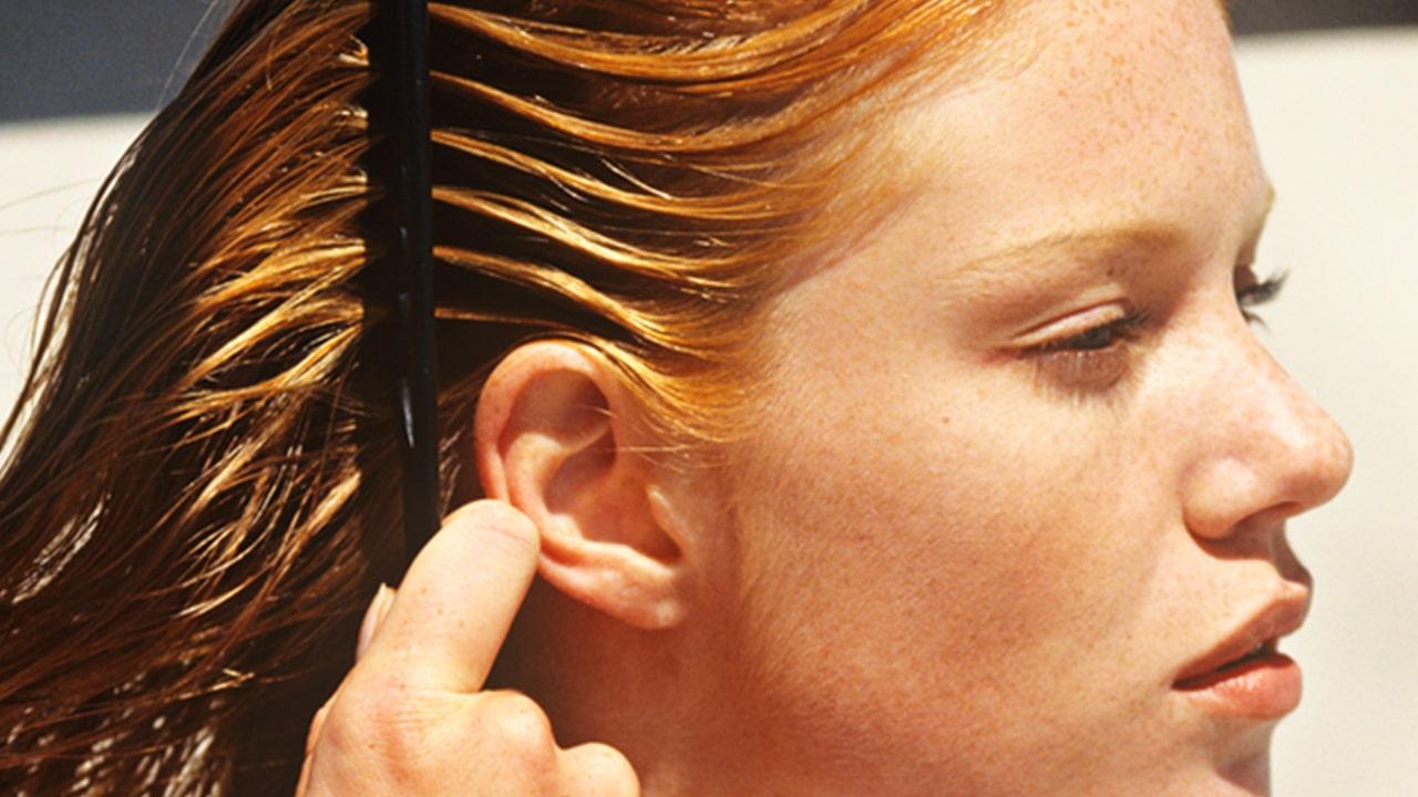 Detangle the hair