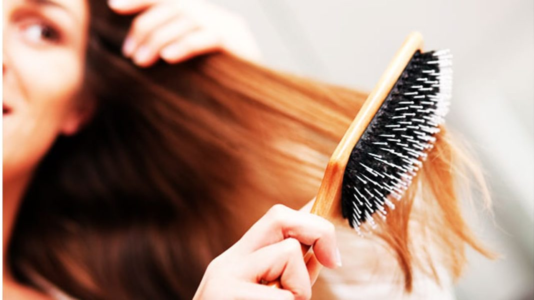 How To Brush Your Hair And Benefits Of Hair Brushing